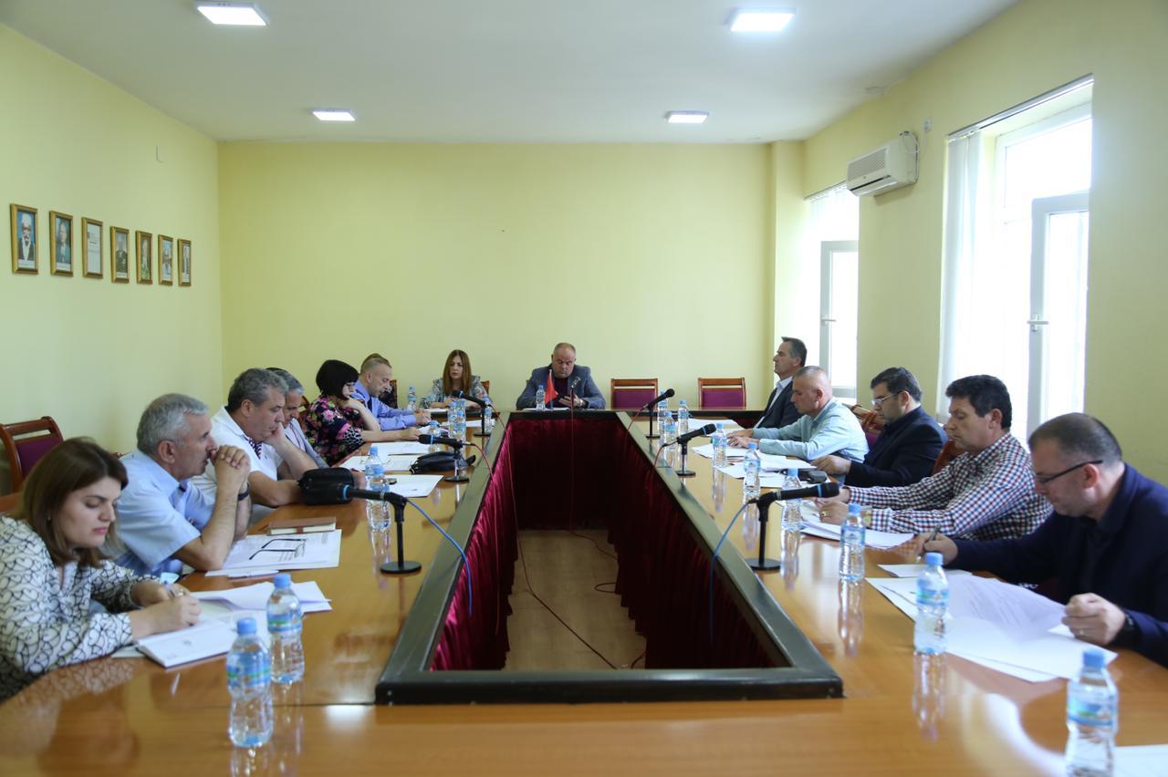 Kryetari i Bashkisë mblodhi sot Këshillin Vendor të Sigurisë