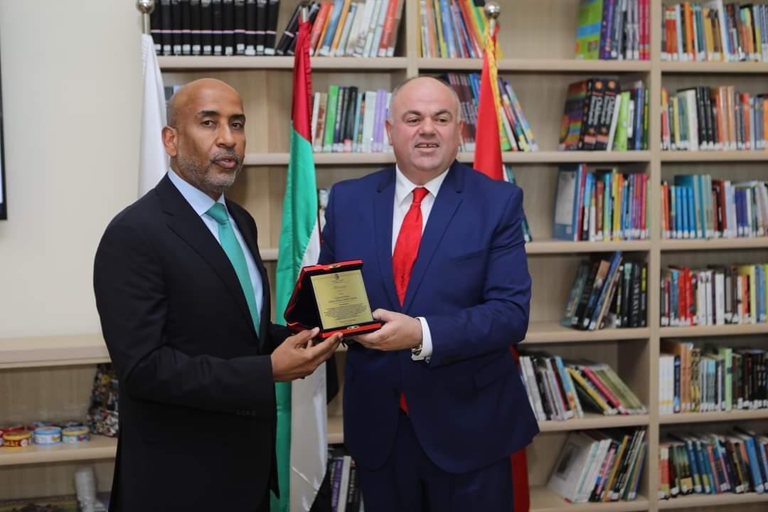 """Bashkia Kukës nderon me Titullin e """"Mirënjohjes"""" Gjeneral Major Obaid Al Ketbi"""